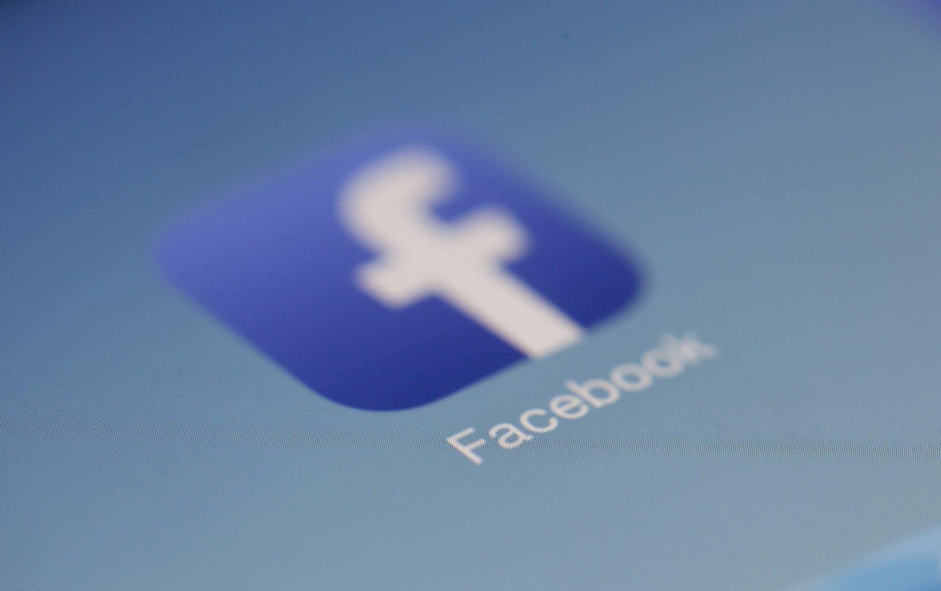 Deu ruim com o Facebook